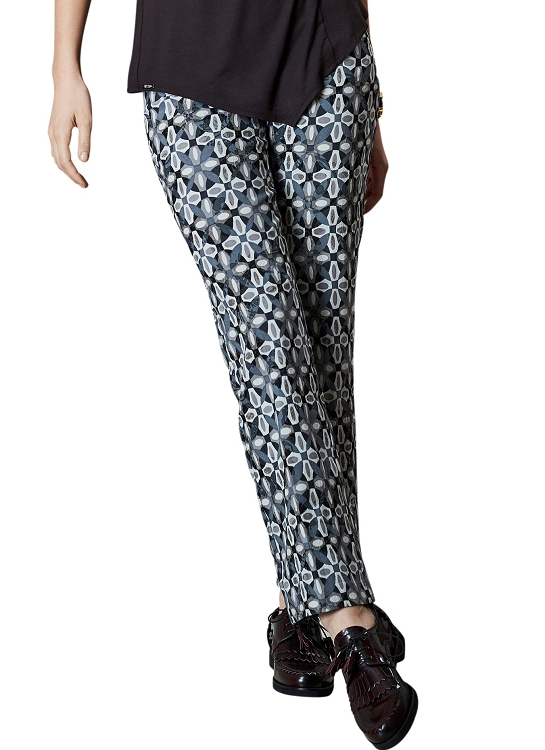 Lisette L. Slim Ankle Narrow Pant Style 42855 Lotus Medallion Jacquard Color Charcoal