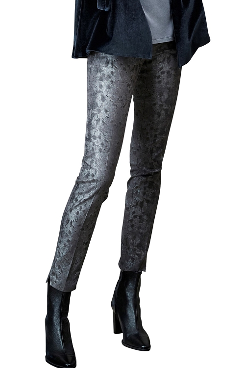 Lisette L. Skinny Leg Pant Style 43005 Mamba Foil Print CP Twill Color Charcoal