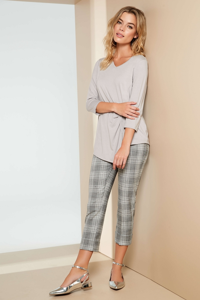 Lisette L. Slim Ankle Pant Style 48201 Ennis Plaid Yarn Dye Color Grey