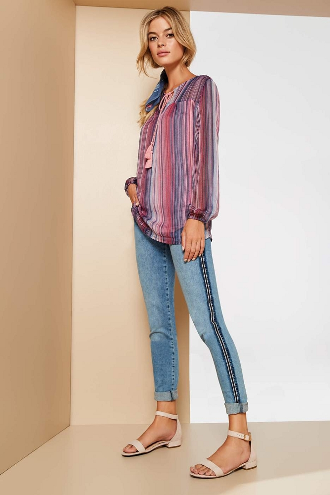 Lisette L. Skinny Leg Jeans Style 455739 Betty Denim Color Bleached Denim