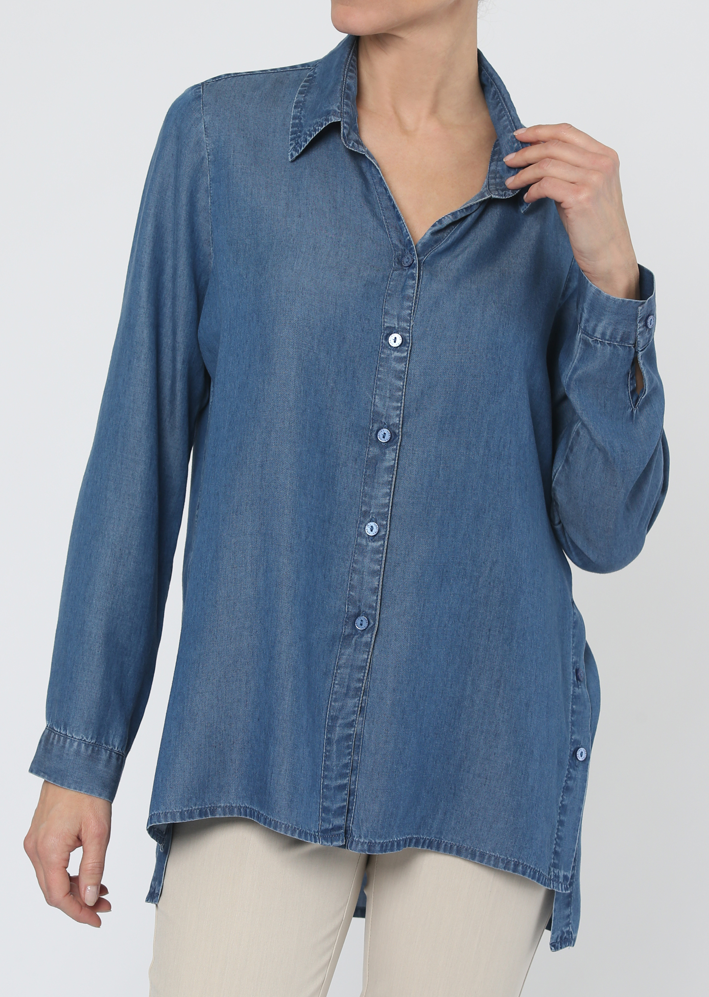 Lisette L. Buttoned Blouse Style 463218 Taylor Denim Color Blue