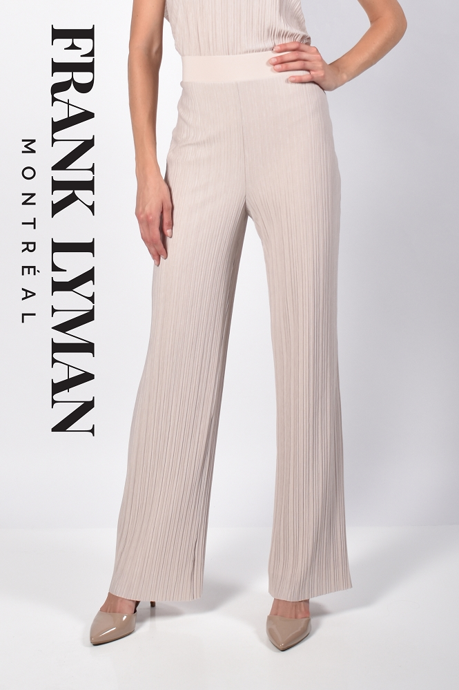 Frank Lyman Womens Woven Pant, Style 216504 Color Oatmeal