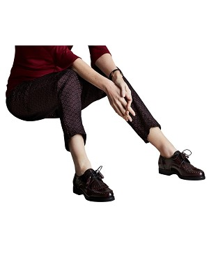 Lisette L. Slim Ankle Narrow Pant Style 41255 Beads Medallion Jacquard Color Brick Red